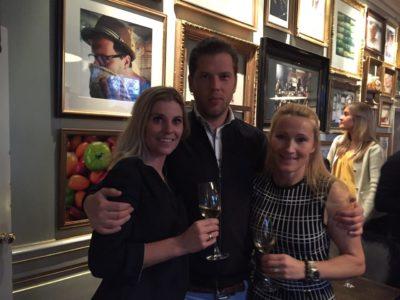 Champagne, slottsmingel och Peter Siepens bebis