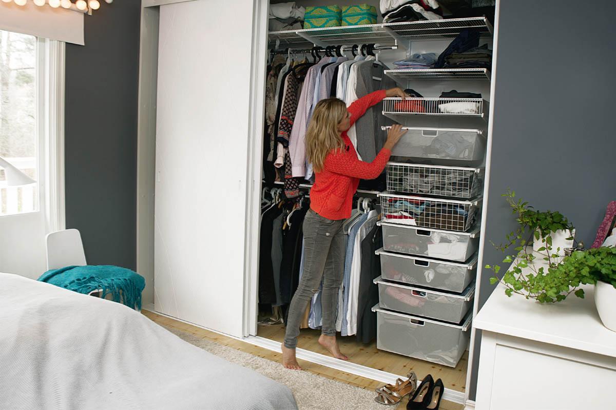 Smart förvaring i din garderob! Vi har bästa tipsen med hjälp av Elfa!