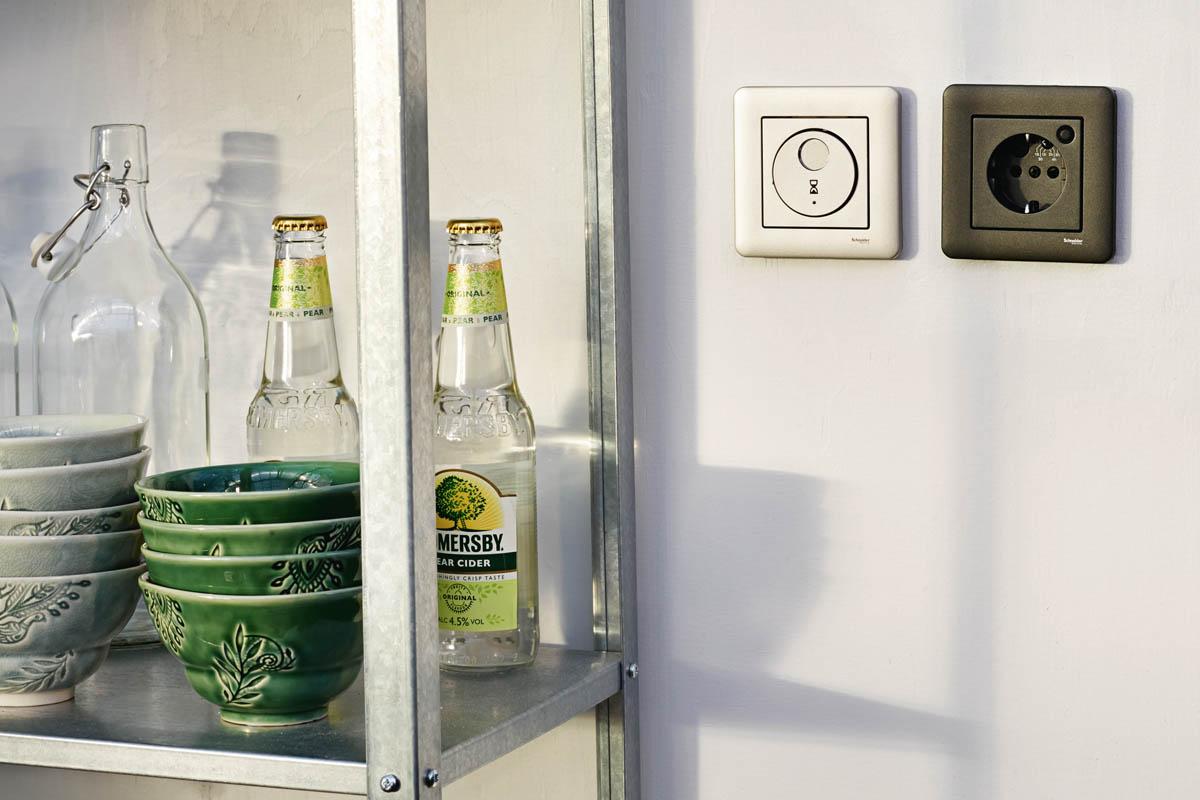 Smarta hemmet - Schneider Electric & Clas Ohlson