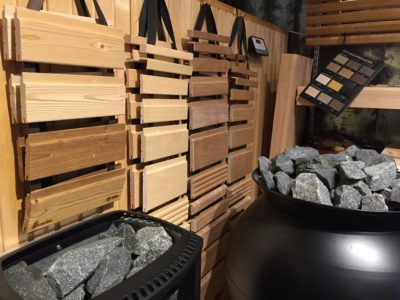 Drömmen fortsätter – möte med bastuexpert och byggvaruhusens snyggaste toalett utsedd