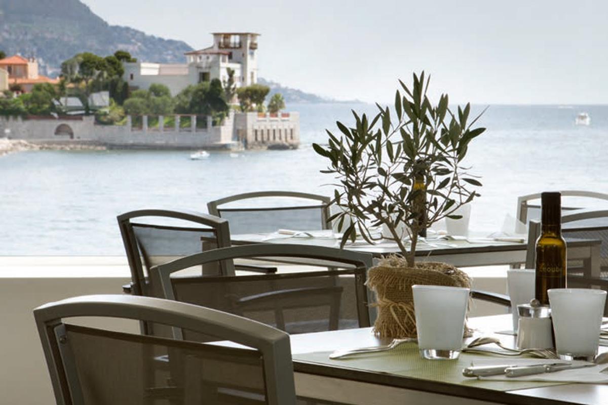 Underbara Cap Ferrat - Hotel Royal Riviera restaurang
